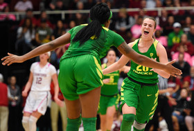 Oregon wins second-straight Pac-12 regular-season women's basketball title