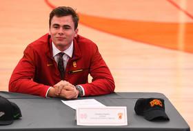 Roundup: Early high school graduate J.T. Daniels has chance to be USC's starting QB