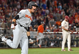 2018 College World Series: Oregon State's two-out, ninth-inning rally forces decisive Game 3