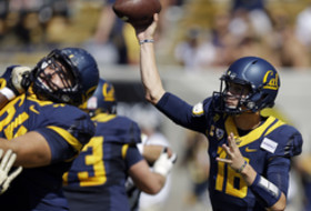 Jared Goff leads Cal to victory in back-and-forth game