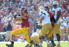USC defense dominates against Notre Dame