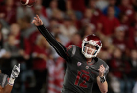 Connor Halliday sets FBS single-game passing record
