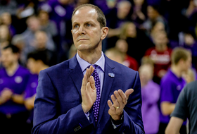 Roundup: Mike Hopkins gives Coach of the Year bonus back to fans in Starbucks gift cards