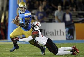 Utah sacks Brett Hundley 10 times in win over UCLA