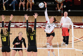 Klineman Voted Pac-10 Women's Volleyball Player of the Week
