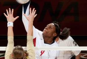 Owens Voted Pac-10 Women's Volleyball Player of the Week