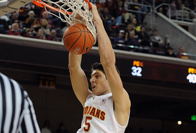 USC's Vucevic Born to Ball