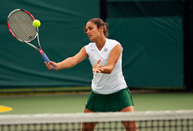USC'S Johnson and Oregon's du Toit Named Pac-10 Men's and Women's Tennis Players of the Week