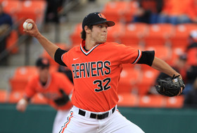 Oregon's Jones and Oregon State's Gaviglio Named Pac-10 Baseball Player and Pitcher of the Week