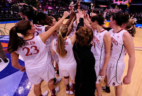 Stanford Advances To Sweet 16 With Win Over St. John's