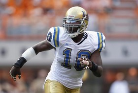Versatile Bruin Akeem Ayers Is Ready For The Big Time