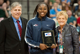 Stanford's Ogwumike named to Wade Watch list