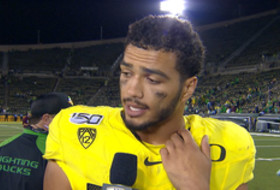 Troy Dye says Oregon defense will build on communication and fundamentals headed into conference play
