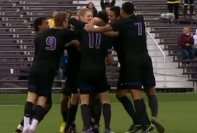Pacheco's goal is golden against Bears (Highlights)