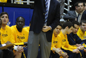 Mike Montgomery notches 100th career win as coach at Cal