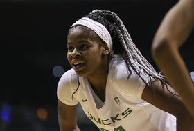 2019 Pac-12 Women's Basketball Tournament: Top-seeded Oregon advances to title game after holding off No. 4 UCLA in overtime