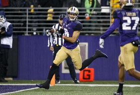 Roundup: Washington's Dante Pettis earns consensus All-American status