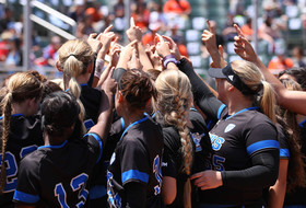 Highlights: UCLA softball forces Game 3 with walk-off win over Oregon