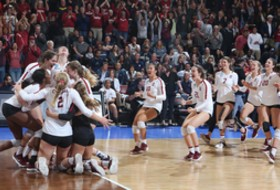 Roundup: Stanford volleyball propelled to third-straight Final Four