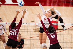 NCAA women's volleyball tournament: Stanford and USC move onto second round