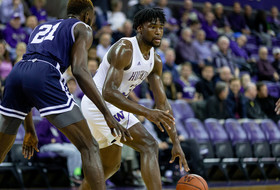 Highlights: No. 20 Washington men's basketball shakes off slow start to edge Mount St. Mary's