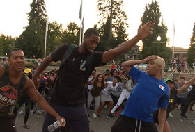 Oregon Black Student Union swag surfs on campus to kick off new school year