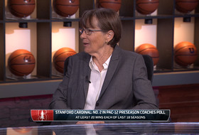 Stanford's Tara VanDerveer on dunking at Pac-12 Women's Basketball Media Day: 'The bar has been raised'