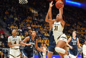 Michelle Smith WBB Feature: UA on a streak, Cal looks to regroup, Oregon is well-prepared