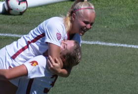 Recap: No. 3 USC women's soccer scores early and often to defeat Long Beach State
