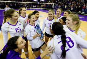 Washington picked to win Pac-12 Volleyball title