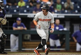 Roundup: Beavs stay alive in Omaha at expense of Dawgs