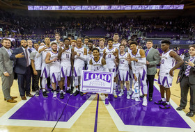 Recap: Washington men's basketball bounces back to defeat California, improves to 5-0 in Pac-12 play for first time since 1983-84
