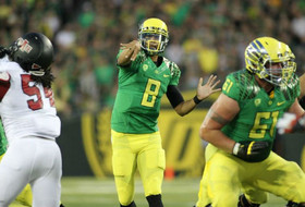 Tuesday Tape Room: Marcus Mariota makes a difficult throw look easy