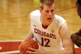 Brock Motum returns home with fellow Cougars