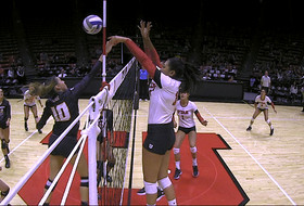 Recap: Carly Trueman leads Utah women's volleyball to 3-0 sweep of Oregon State
