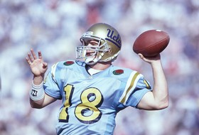 McNown to Be Inducted Into College FB Hall of Fame