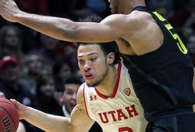 Brooks returns to lead Oregon over Utah, 73-67