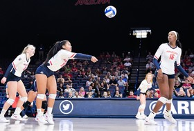 Cats Suffer Straight-Set Loss on The Farm