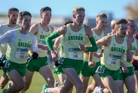 Teare, Men of Oregon Second at Pac-12 Meet