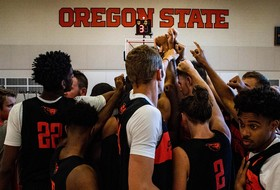 Men's Basketball Holds First Official Practice