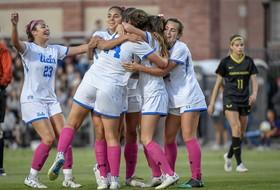 UCLA Wins Fifth-Straight, 2-1 over Oregon
