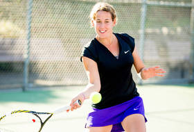 Huskies Pick Up 12 Wins on Day One of St. Mary's Invitational