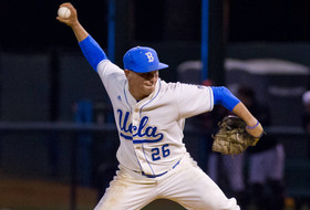 David Berg Named Finalist for NCBWA Stopper of the Year Award