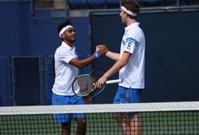 Men's Tennis Blanks UC Irvine, 4-0
