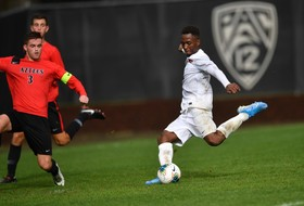 Gloire Lifts Beavers to Glory in 1-0 Overtime Win