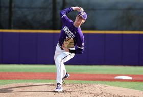 Enger's Strong Outing Lifts Dawgs To Win In Game One, UW Splits With Utah Valley Saturday