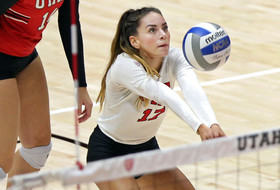 No. 15 Volleyball Drops Five-Set Match at No. 13 Washington