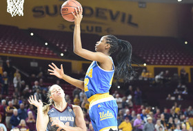 No. 15 UCLA Defeats No. 23 Arizona State, 55-52