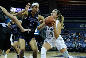 Huskies Roll Past Weber State, 94-41