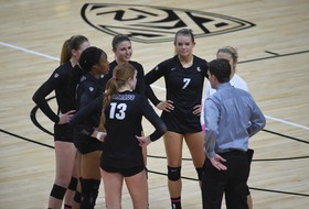 Volleyball Begins Full-Team Spring Practice